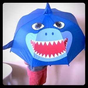 Nwot baby shark kids Foldable umbrella 🌂